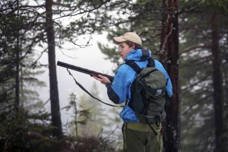 STÅ I RO!: Mange, veldig mange harepuser redder livet fordi jegerne ikke klarer å stå i ro lenge nok på samme flekken.