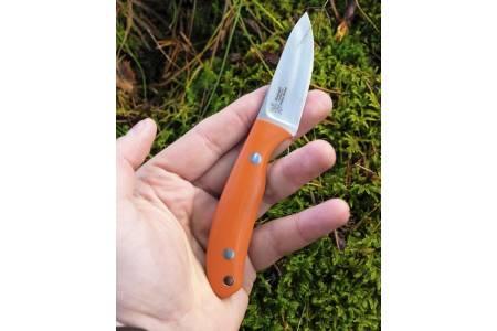 Fullblods: Casström Safari er en liten, men likevel en fullblods jaktkniv fra øverste hylle. Bakerst på håndtaket er 5mm-hull for fangline.
