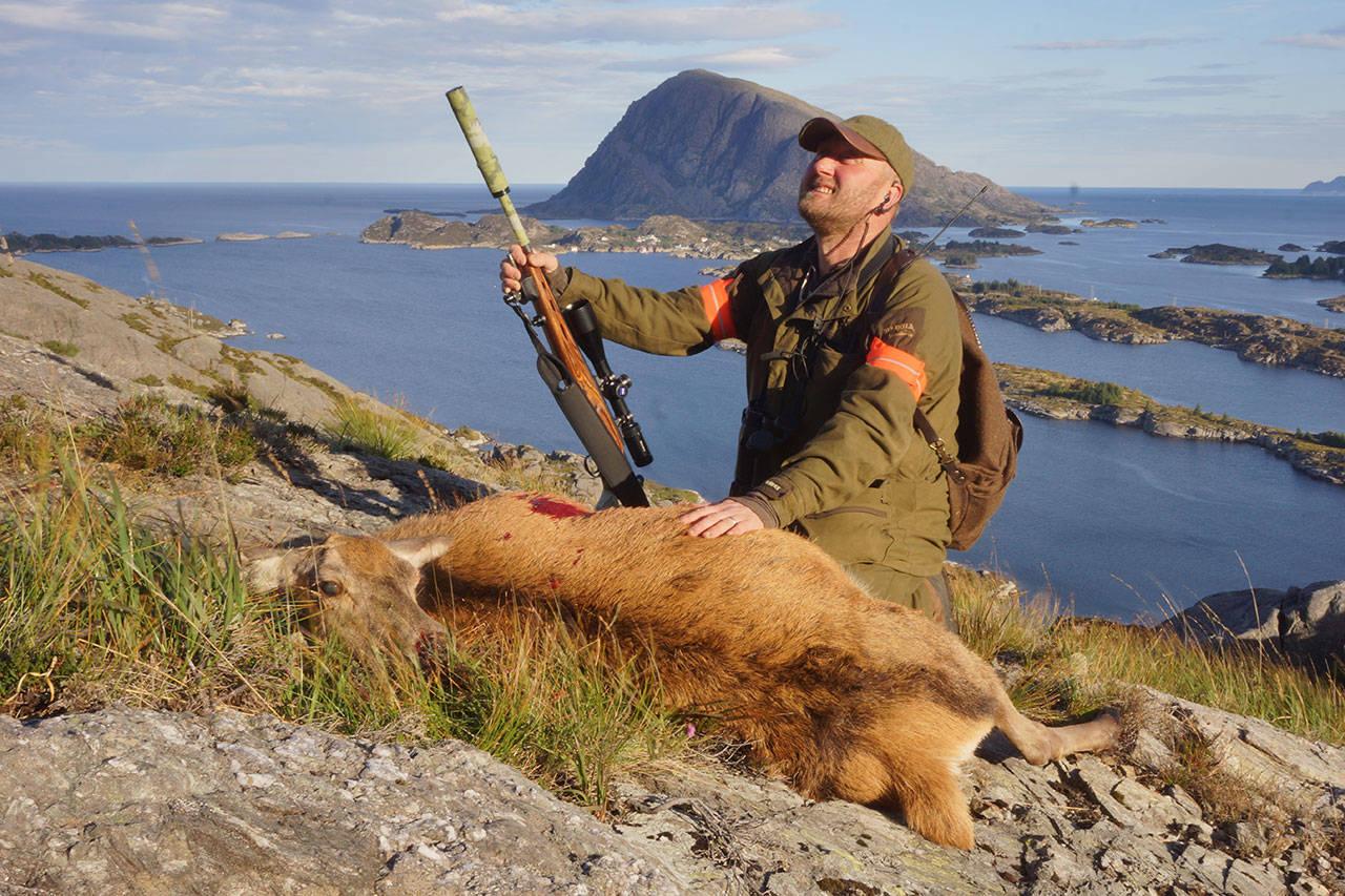 hjortejakt hjortejeger kyst øylandskap
