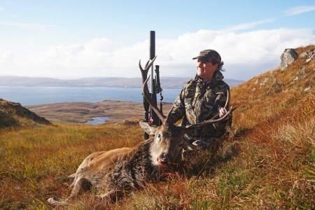 Fleksibel: Både gode lufte- og tettemuligheter ble verdsatt under en ukes hjortejakt i Skottland.