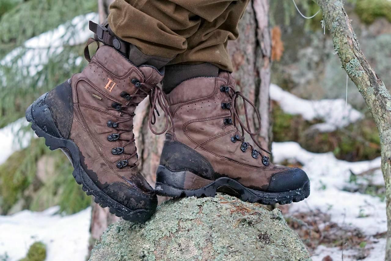 Godt grep: Big game-støvlene har solide såler som biter godt også på glatte steiner.
