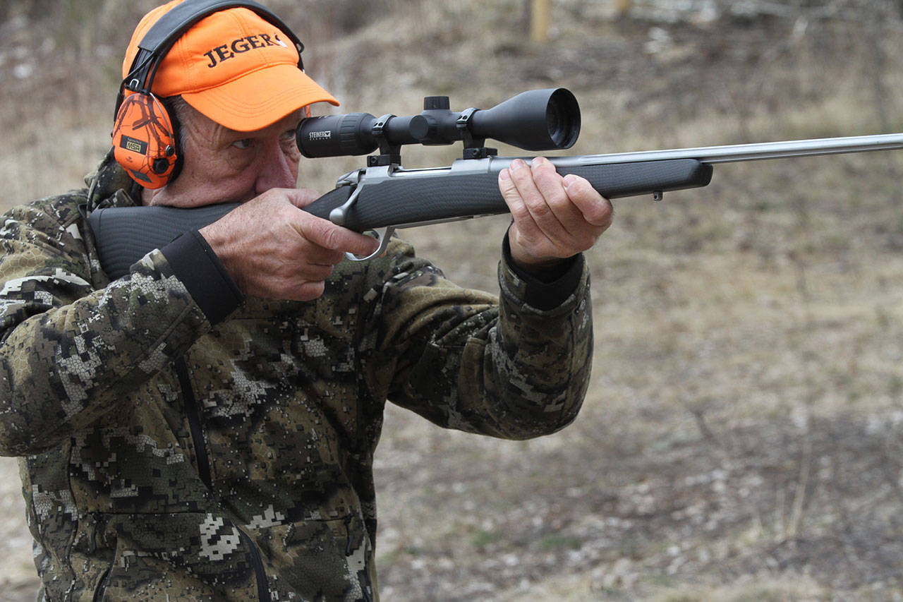 jeger med jeger-caps og rifle