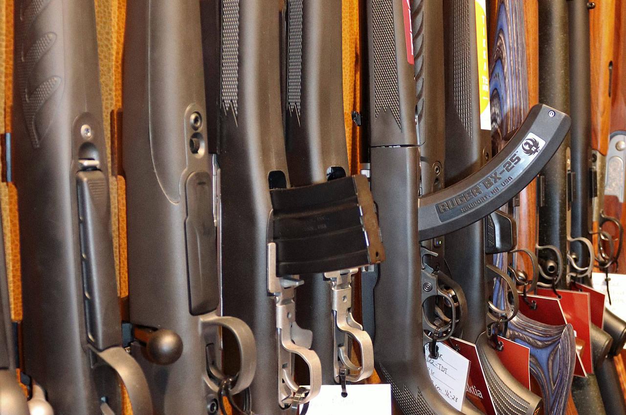 våpen rifler halvautomatisk rifle