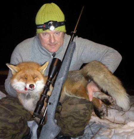 Økt status: Reven bør få økt status som jaktbytte, fordi den er vanskelig å overliste, mener Gordon Fjeld.