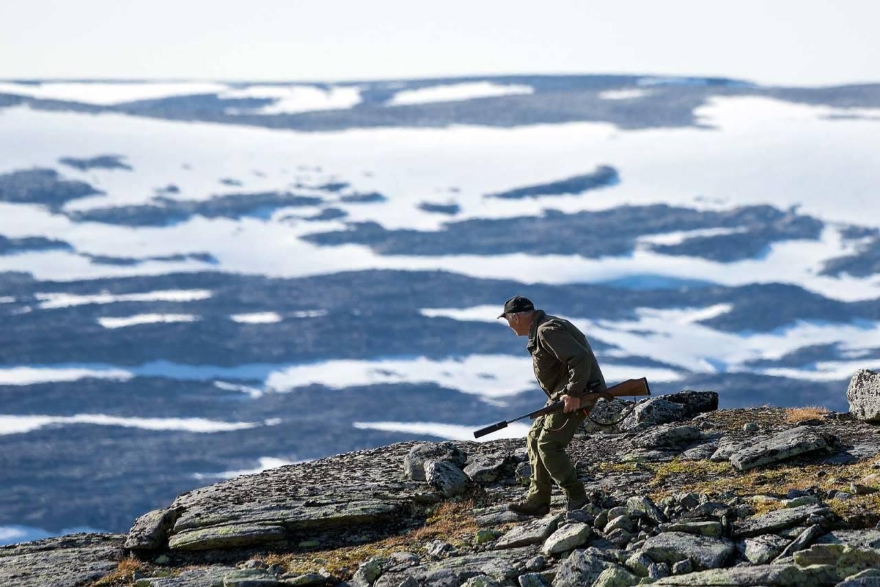 HØYT TIL FJELLS: Nesten på toppen av Norges tak fikk Gudmund sin gjeldsimle.